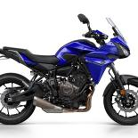 2016-Yamaha-MT07TR-EU-Yamaha-Blue-Studio-002